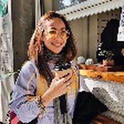 Sofie Chandra profile