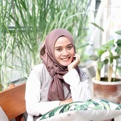 Shabrina Asmarani Aprilliana - @naranina profile