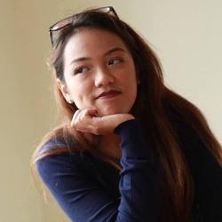 Louise De Luna profile