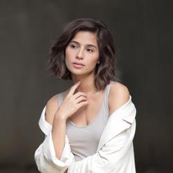 Jasmine Curtis-Smith profile